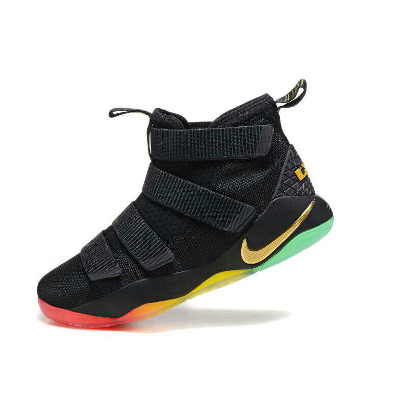 NIKE\/耐克男鞋 男子运动鞋 詹姆斯士兵11代高
